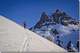 Aufstieg Höferspitze mit Großer Widderstein im Hintergrund