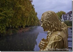 Friedrich Hölderlin als Skulptur von Ottmar Hörl