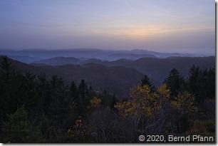 Sonnenuntergang über den Rheintal